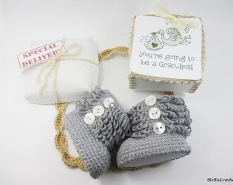 Pregnancy Announcement, Baby Gender Reveal, cute baby shoes, Gray baby shoes, Pregnancy Reveal, With Buttons, new baby gift, newborn