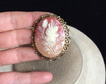 Vintage Carved Floral Pin