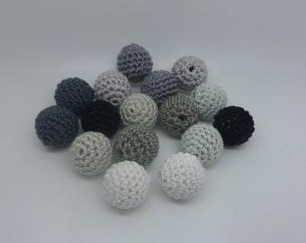 16 beads crochet grey (1.7 cm)