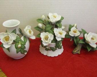 Seymour Mann Connoisseur Magnolia Collection three pieces LOT A 35