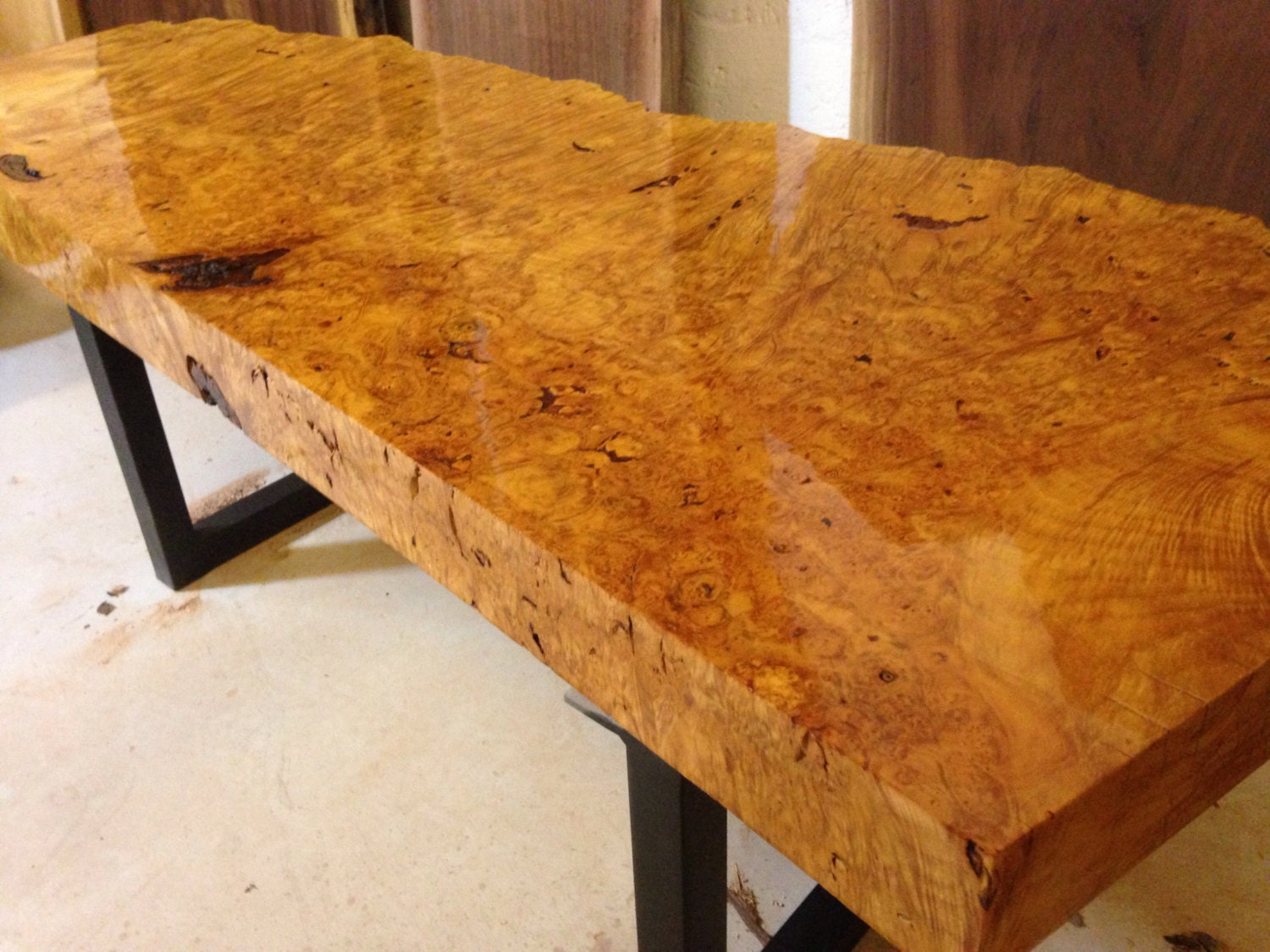 Live edge coffee table burl live edge table wood slab for Wood slab coffee table