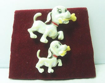 Vintage Adorable Doggy Scatter Pins / Enameled Pearl Doggy Scatter Pins / 1950s Scatter Pins