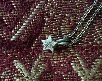 Diamond Like Star Necklace