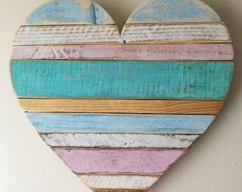 Rustic reclaimed large pallet wood heart wall hanging for Decoration murale 974