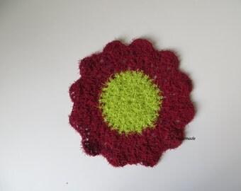 Crochet flower Dishcloths / Washcloths, Flower Scrubber, Dish Scrubbie, Flower Susemi Scrubby, Bathrooms Scrubber, Hostess Gift, red, green