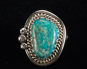 Vintage Old Navajo Native American Sterling Silver Turquoise Ring - Size 6 1/4