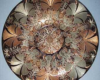 """Large 15"""" Diameter Round Copper-Plated  Brass PLATTER WALL HANGING with Intricate Decorative Chased Pattern"""