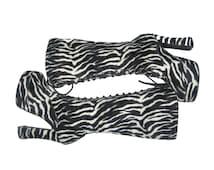 VTG Black White Zebra Print Knee High Platform Laced Up Chunky Heels Goth Grunge Drag Stripper  Club Kid Faux Fur Stomp Boots Shoes Size 8