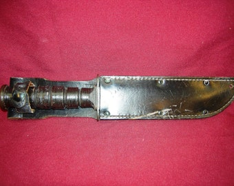 WWII US Camillus Fighting Knife