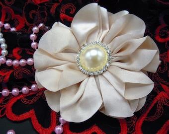 Ivory Hair Clip, Victorian Hair Clip, Boho Hair Clip, Wedding Hair Accessory, Vintage Insired, Flower Girl Hair Clip, girls gift, Hair Clip