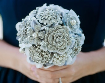 Custom Silver Brooch Bouquet, Grey Silk Flower Bouquet, Grey Fabric Flower Bouquet, hydrangea brooch bouquet, Bridesmaid Bouquet - 6 inch