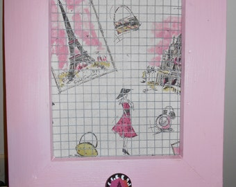 jewelry wall organizer in Pink and White Paris