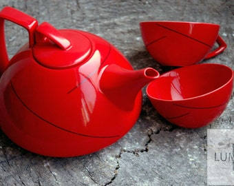 Contemporary Style Stoneware Tea Set, Red
