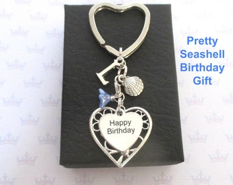 Personalised Happy Birthday keyring - Clam shell keychain - Birthday gift for beach lover - Seashell keyring - Gift for friend - Etsy seller