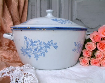 French vintage large enamel soup tureen / serving dish white with blue flowers. JAPY enamel tureen. French country shabby chic