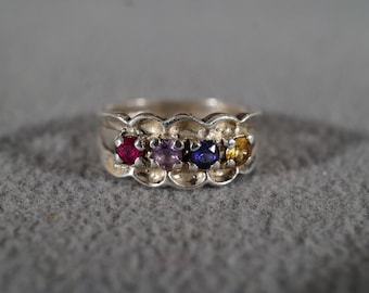 Vintage Classic Jewelry Sterling Silver Ring Birthstones Ruby Amethyst Sapphire and Citrine Prong Set Scalloped Surround Size 6 1/2    KW26
