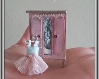 1/48 dollshouse miniatures 1/4 wardrobe and romantic dress hand made by Bea