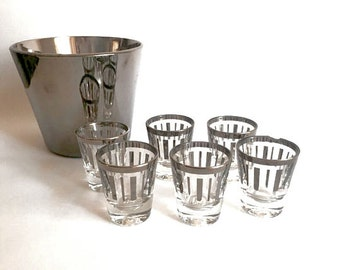 Midcentury Silver Ice Bucket and Shot glass Set / Midcentury barware/ Ombre Barware/ Dorothy Thorpe