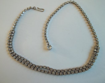 "Vintage rhinestone choker,clear rhinestones,great condition, 15"" long end to end,"