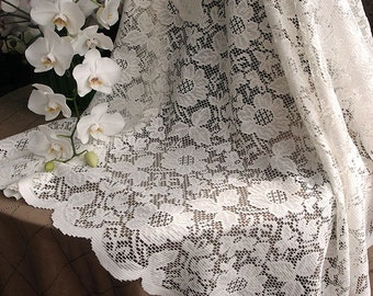 "54"" X 54"" Ivory Floral Lace Table Overlay"