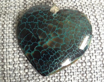181-Green Heart Fire Agte Pendant Necklace-Green Heart Shaped Agate Necklace-Green Dragon Veins Agate Pendant Necklace-Green Agate Pendant
