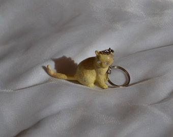 Customised yellow kitten glitter keyring