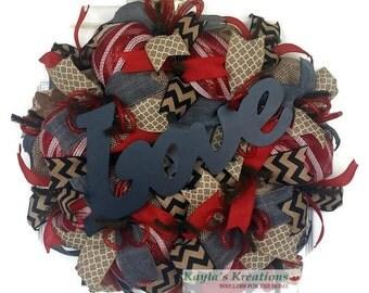 Red Valentine Wreath, Valentine's Day Wreaths for Front Doors, Valentine's Day Wreath, Burlap Mesh Wreath, Love Wreath, Chevron Wreath