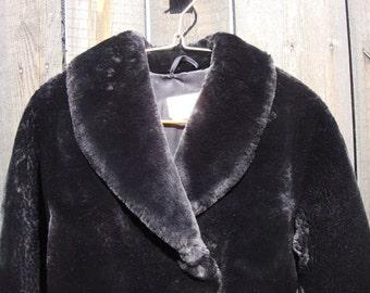 Vintage 1950s black Coat Real Mouton Fur / Soviet vintage 50s original MOUTON LAMB Fur  size M / L