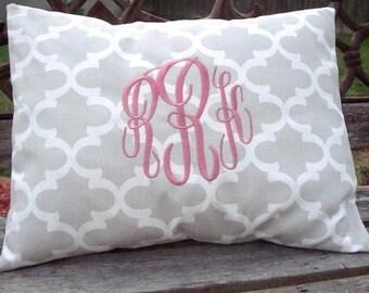 12x16 Monogrammed Lumbar Pillow. Quatrefoil Pillow. Pillow Cover. Monogrammed Quatrefoil Pillow. Lumbar Pillow Cover