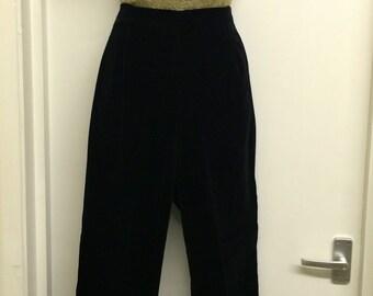 Redused- Vintage 50s 1950s Jet Black Velvet Capri Pants
