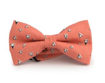 Mens orange triangles bow tie, Geometric patterns bowtie, Dull orange tie, Pretied bow tie, Mens bowtie, Minute Papillons bow tie