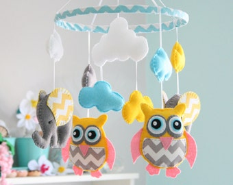 Owl Mobile -  Owl /Elephant Mobile -Nursery Mobile - Baby Mobile -  MADE TO ORDER - Choose Own Colours