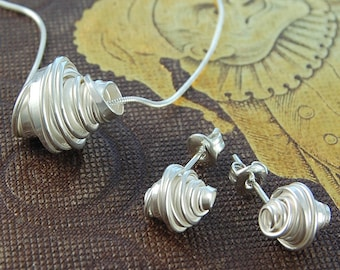 Silver Jewelry Set, Silver Coil, Sterling Silver, Wrapped Wire, Silver Wire Necklace, Coil Studs, Coiled Wire, Elegant Jewelry, Silver Studs