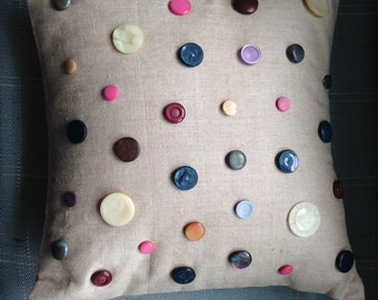 Spotty Button Cushion/Decorative Pillow
