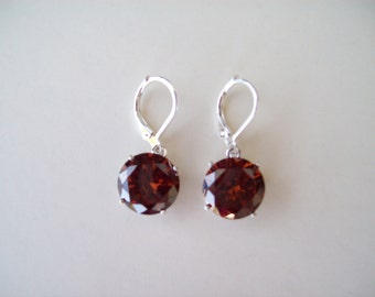 PERFECT SIZE - Pretty Reddish Brown Earrings in 925 Sterling Silver 12mm round