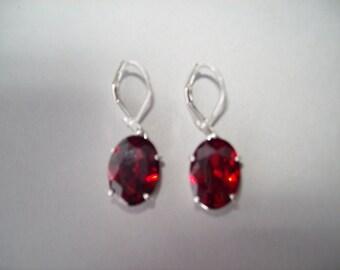 PERFECT SIZE - Red Garnet Earrings in 925 Sterling Silver