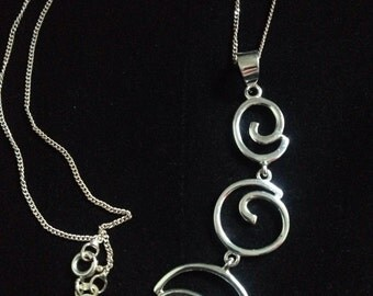 Vintage Sterling Silver Swirl Pendant and Chain