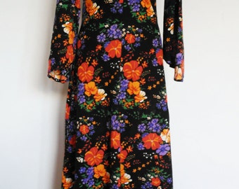 Beautiful dress made with love from 100% vintage fabric