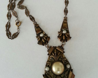 Vintage Faux Pearl Necklace Pendant