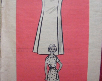"""Vintage Misses' One Piece Dress Mail Order Sewing Pattern 9337 size 14 bust 36"""""""
