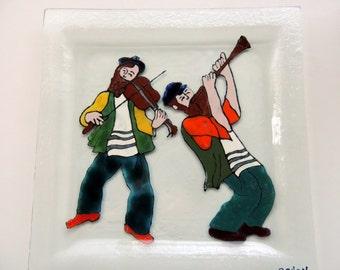 Fused glass plate,jewish,judaica plate,Hasidim plate,home decor,hand painted plate,dancing men