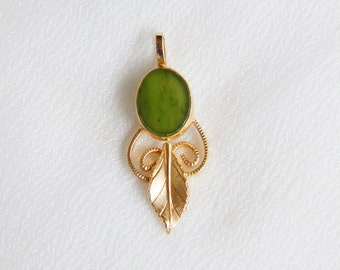Delicate VO 12KT GF Jade Pendant For Necklace