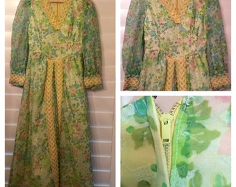 One of a kind handmade Cute 60's floral hippie maxi dress with floral and lace / small / size 2