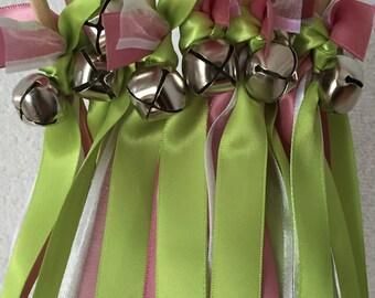 50 Wedding Wands/Wedding Ribbon Wands/Wedding Wand/Apple Green/Wedding Streamers
