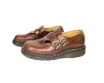 DR MARTENS t bar mary janes - made in england - mary jane docs - two strap buckle - chestnut brown leather - 8065 - womens 8 us - size 6 uk