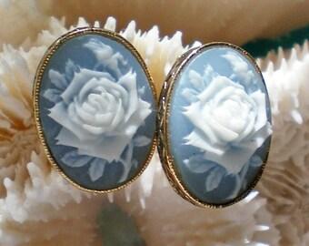 Avon Rose Cameo Clip Earrings - 4115