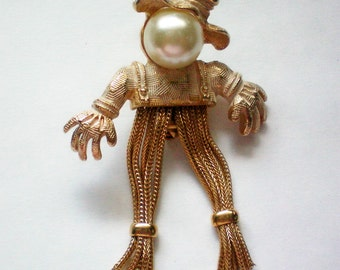 Early Emmons Halloween Harvest Scarecrow Pin - 4169