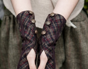 Wristwarmers,Fingerless gloves, tweed wristwarmers, Rustic, gloves,  Brass button Detail, Fairy Gloves, Mori Kei, Steampunk Wristwarmers.