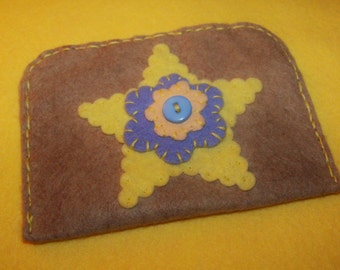 100% Wool Felt Gift Card Holder/Cash Gift Holder/Change Purse Handstitched Cotton Floss Hand Embroidered All Handcrafted Tan Yellow Peach