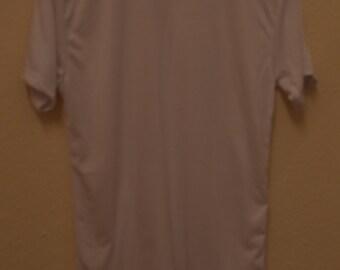 1 Plain White Polycotton Tshirt. Also Suitable for Dye Sublimation/Heat Press.